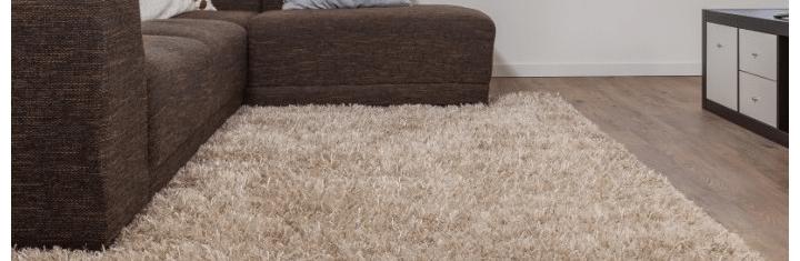De interieur tip: een hoogpolig vloerkleed